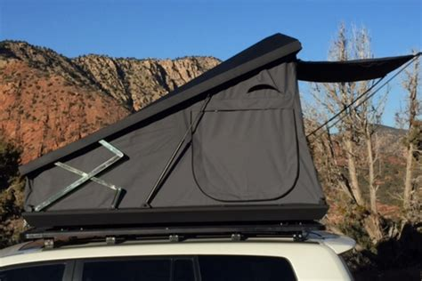 eezi awn tents the stealth is eezi awn s newest hardtop rooftop tent for easier car cing