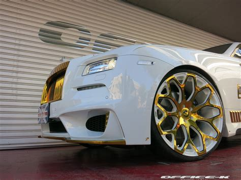 rolls royce white and gold white rolls royce wraith with gold accents from office k