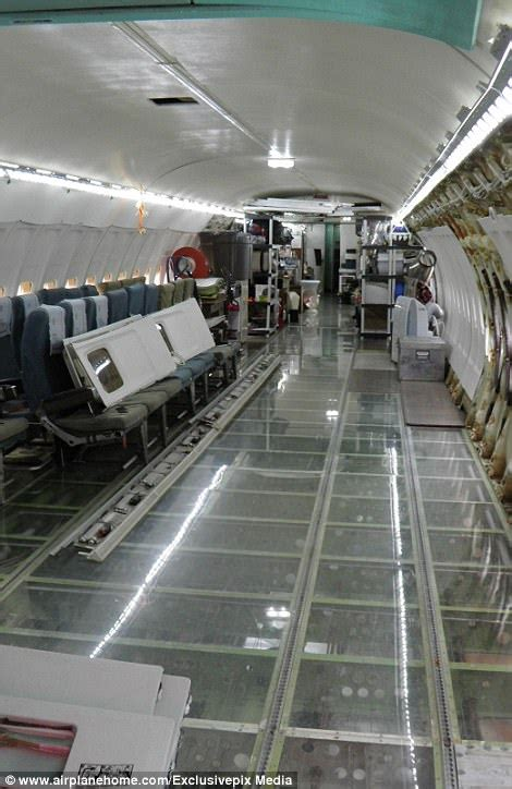 Aerospace Quality Engineer by Engineer Transforms Boeing 727 Into A Bona Fide Castle Daily Mail