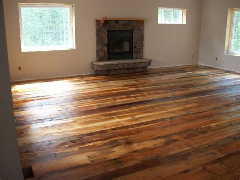 linoleum wood flooring how linoleum that looks like wood can give the impression of real wood home ideas collection