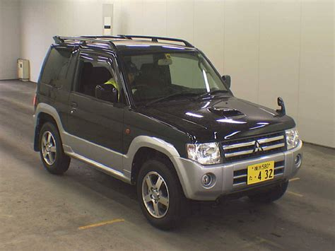 mitsubishi pajero 2008 2008 mitsubishi pajero mini photos 0 7 gasoline