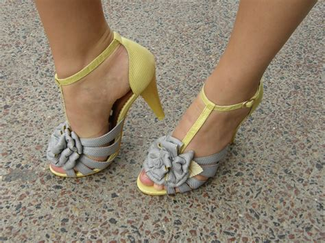socks with sandals song socks and sandals song lyrics 28 images 7 things you