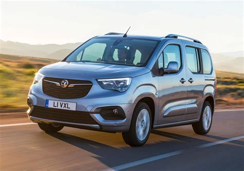 vauxhall combo vauxhall combo life mpv review parkers