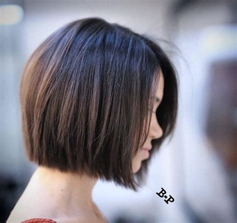 how to roll hair for a chin length bob side part 25 best ideas about chin length hairstyles on pinterest