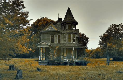 haunted mansions 12 photos of creepy haunted houses in texas