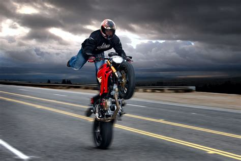 ducati wallpaper hd iphone ducati hd wallpapers wallpaper202