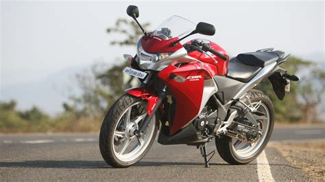 honda cbr price honda cbr250r 2016 c abs price mileage reviews