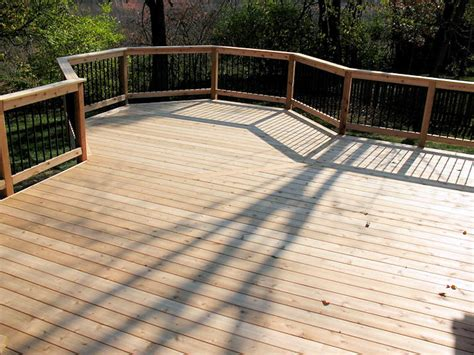 custom  decks  cedar composite materials