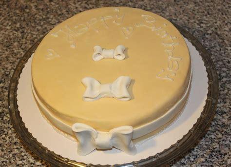 Einfache Torten by Torten Rezepte Geburtstagstorte Mit Schleifen Absolute