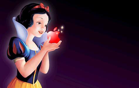Apple Snow White snow white and seven dwarfs priyankajayaraj s