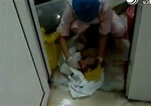 girl has baby in bathroom mother was wrongly told her newborn baby was stillborn by medics in china who dumped