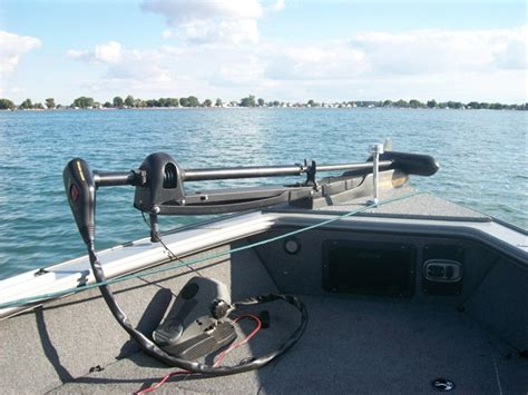 lund boats hull warranty 2005 19 lund pro v se 1900 dual console trailer the