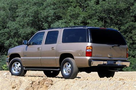 manual cars for sale 2002 chevrolet suburban 1500 security system 2002 chevrolet suburban pictures history value research news conceptcarz com