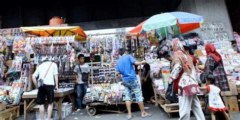 Sepatu Roda Di Pasar Asemka 10 pasar populer di jakarta pegipegi