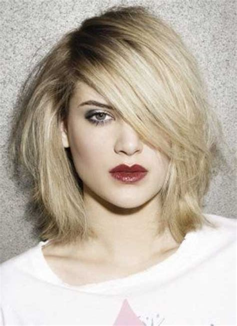 blonde mid lenth layers 20 short to mid length haircuts short hairstyles 2017