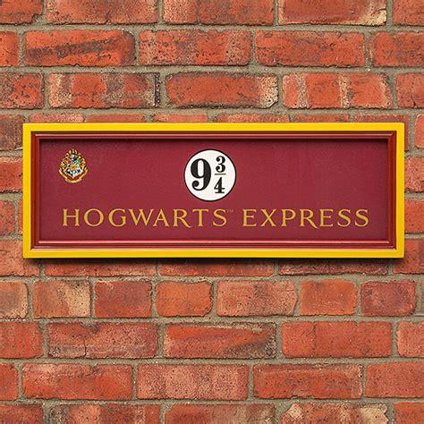 express wall harry potter platform 9 3 4 hogwarts express sign