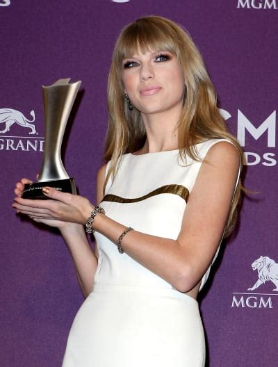 country music award results 2012 academy of country music awards 2012 full list of winners