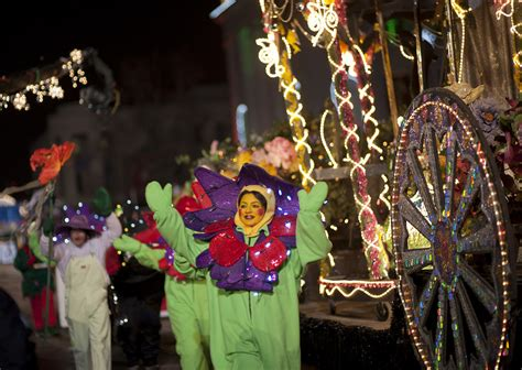 9news parade of lights denver is magical during mile high holiday season