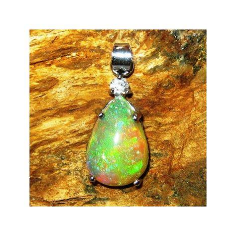 Liontin Batu Opal liontin batu opal pear shape 3 37 carat exclusive