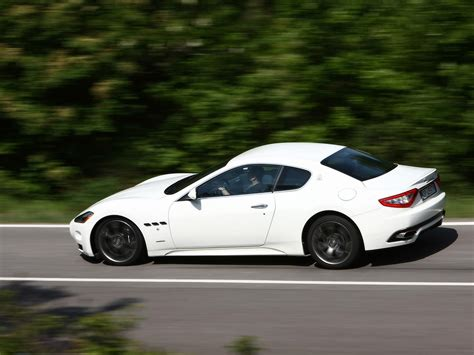 white maserati rear 2008 maserati gran turismo s white rear and side speed