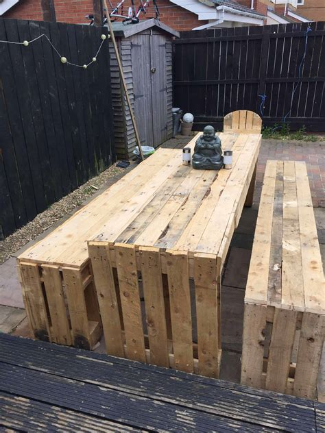 patio table bench seats  pallets