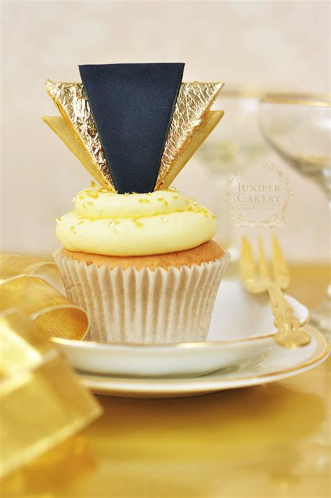 Decor Cupcake by Celebrate In Style How To Make Gold Deco Cupcake