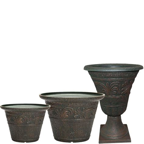 Resin Planters by Southern Patio Tumbled Scroll 20 In X 14 In Rust Resin
