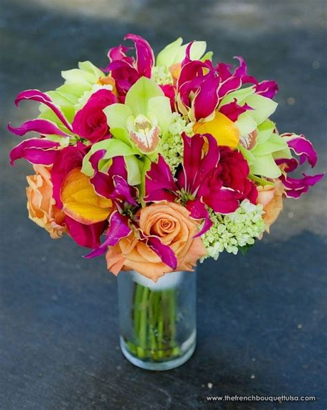 Mango Original Pink bouquet of pink gloriasa lillies mango callas green
