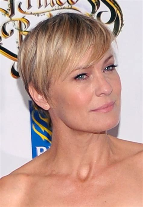 how to cut robin wright haircut robin wright from house of cards beautiful with any