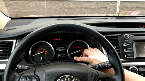 how to reset maintenance light on 2015 toyota corolla how to reset a maintenance light on 2015 toyota highlander