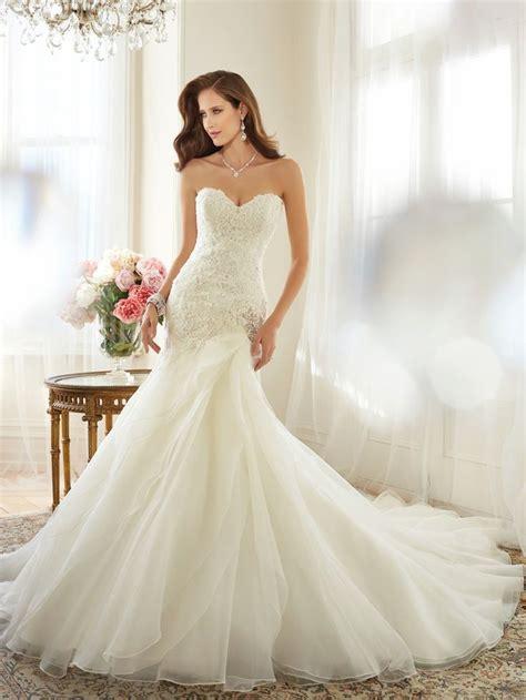 Trumpet Mermaid Wedding Dresses   biwmagazine.com