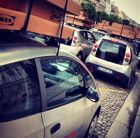 Meubles De Télé Ikea by Des Stations Autolib D 233 Tourn 233 Es Avec Du Mobilier Ikea