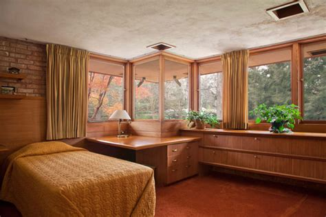 frank lloyd wright bedroom frank lloyd wright s kenneth laurent house in illinois up