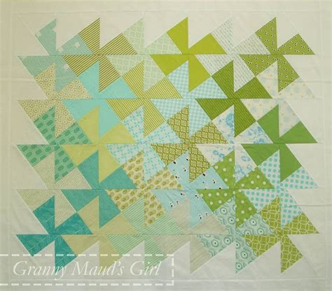 twister christmas tree quilt pattern 55 best images about twister quilts on pinterest cute