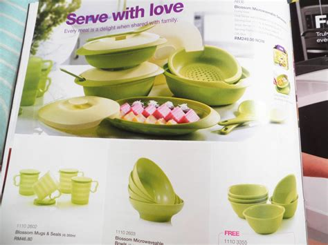 Tupperware Blossom Oval Server With Colander Spoon Wadah Saji tupperware