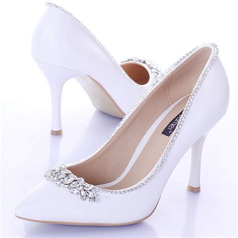 sweet white bridal shoes with pointed toe 9cm