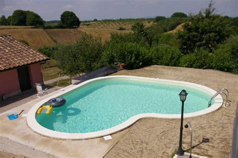 piscina per giardino piscine interrate anche per piccoli giardini beautypool