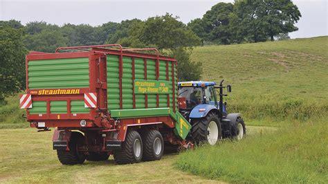 beckett agri wagon silage 2014 on test strautmann mega vitesse cfs 3401 forage wagon