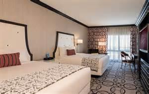 ooh la la las vegas hotel rooms get a snazzy