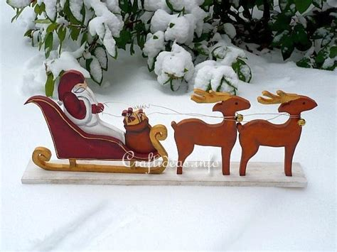 santa on the sleigh kids crafts free woodcraft for santa with sleigh and reindeer
