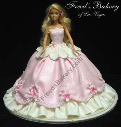 comelnyercupcake barbie doll cakes princess hannah image detail for princess diaries birthday cake kids