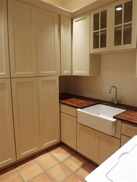 dusty coyote laundry room butlers pantry