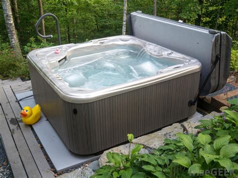 outdoor hot tub outdoor hot tubs photos pixelmari com