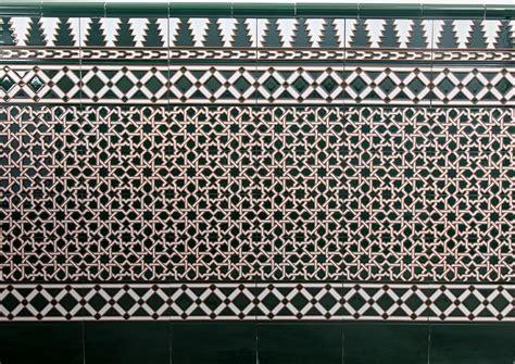 zocalo azulejo andaluz z 243 calo de azulejos mud 233 jar artesanos juntos