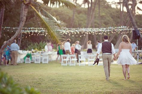 Backyard Luau Wedding Reception A Hawaii Backyard Wedding Kate Greg Green Wedding