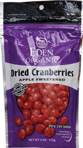 Dried Cranberries Buah Cranberry Kering 500 Gram dried cranberries apple sweetened 4 ounce 113 grams by foods jet