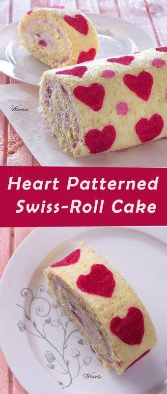heart patterned roll cake רולדה לבבות במילוי קרם תותים hearts patterned swiss roll