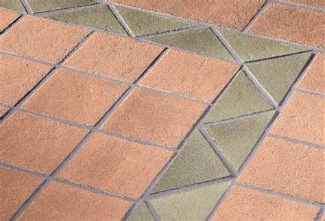 pavimenti da esterno pavimento da esterno pavimenti in ceramica con marrone e