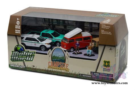 Greenlight Motor World Csite motor world diorama csite cruisers united states forest service 7 pcs set 58031 1 6 scale