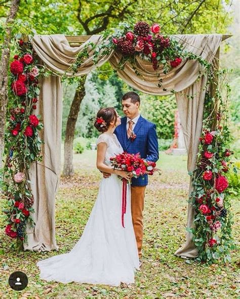Eye Catching Burlap Wedding Arch Decorations Must Catch